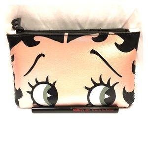 7 X 5 inch Betty Boop makeup bag w black eyeliner